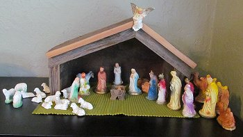 Paul's 'dime store' nativity with new stable by brother-in-law Roy Howard.  Click for bigger photo.
